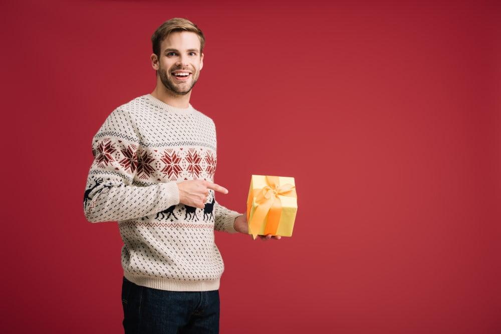 6 idéer på roliga presenter du kan ge till honom till jul